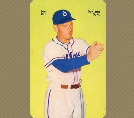 1952 Mother's Cookies Mel Ott #32 Baseball Card