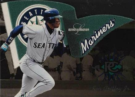 1996 Leaf Limited Pennant Craze Ken Griffey Jr. #4 Baseball Card