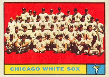 1961 Topps Chicago White Sox Team #7 Baseball Card
