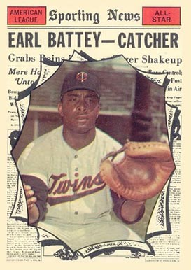 1961 Topps Earl Battey #582 Baseball Card