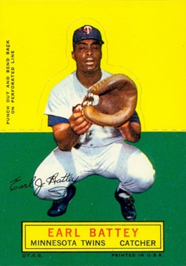 1964 Topps Stand-Up Earl Battey #9 Baseball Card