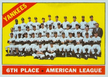 1966 Topps New York Yankees Team #92 Baseball Card