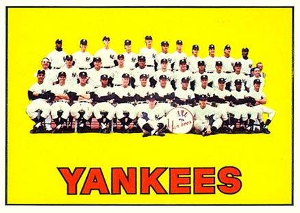 1967 Topps New York Yankees Team #131 Baseball Card
