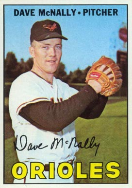 1967 Topps Dave McNally #382 Baseball Card