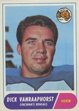 1968 Topps Dick Van Raaphorst #70 Football Card