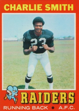 1971 Topps Charlie Smith #21 Football Card