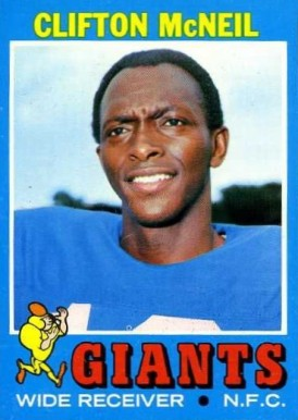 1971 Topps Clifton Mcneil #15 Football Card