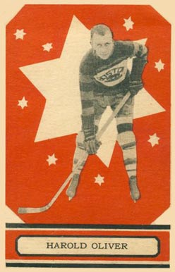 1933 O-Pee-Chee Harry Oliver #9 Hockey Card