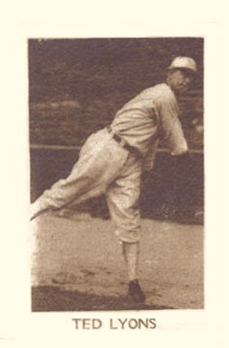 1928 1928 Star Player Candy Ted Lyons #45 Baseball Card