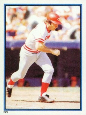 1983 Topps Stickers Johnny Bench #229 Baseball Card