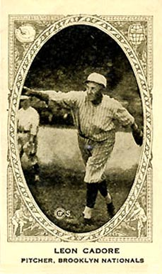 1922 Neilson's Chocolate (Type 2) Leon Cadore #13 Baseball Card