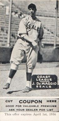 1933 Zeenut (1933-36 Black & White) Joe DiMaggio #33 Baseball Card