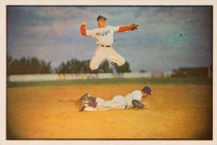 1953 Bowman Color Pee Wee Reese #33 Baseball Card