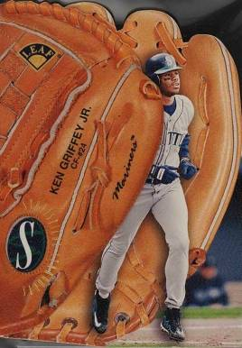 1997 Leaf Statistical Standouts Ken Griffey Jr. #3 Baseball Card